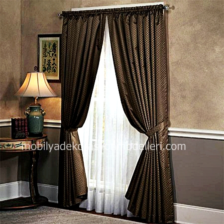 Kahverengi yatak odasi perde modeli