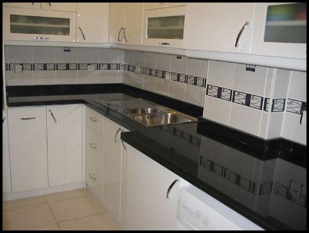 Mermerit mutfak siyah