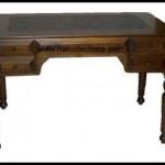 Eski  çalışma masası