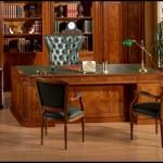Klasik çalışma masası
