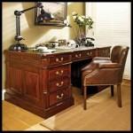 Klasik çalışma masası ceviz