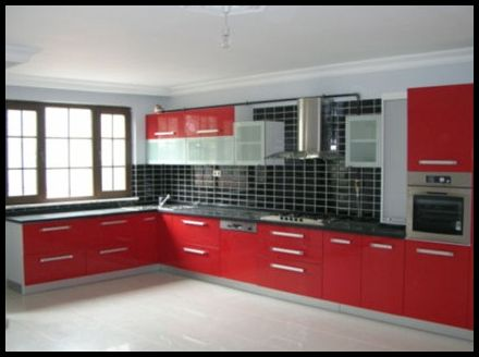 Modern mutfak modelleri kırmızı