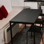 İkea siyah mutfak masa sandalye seti tarendo adde