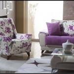 Çiçek desenli mor koltuk takımları