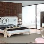 Dekoratif yatak odası takımları