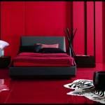 En modern kırmızı yatak odası dekorasyonu