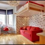 Kırmızı stüdyo daire dekorasyonu