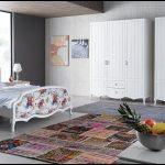 Country tarzı yatak odası modelleri