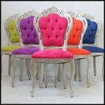 Renkli sandalye tasarımları