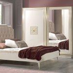 Kilim yatak odası dekorasyonu golden
