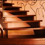 Daire içi ahşap merdiven