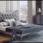 Lazzoni yatak odası