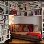 Kitap okuma odası
