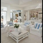 Beyaz lüks ev dekorasyonu