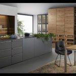 Siyah ahşap mutfak dizaynı