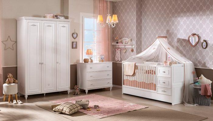 romantica çilek bebek odası