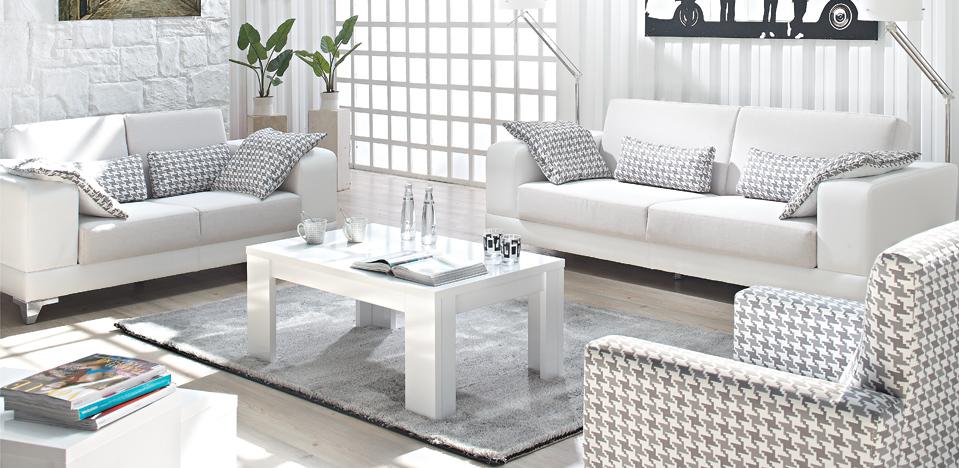 Arte Oturma Odası 2.775 TL Durgun ve sade ama bir o kadar da çekici Çok işlevli üçlü ve ikili sandıklı kanepe, sade berjer oluşan çağdaş görünümlü oturma takımı Dar ve çok işlevli olması istenen mekanlar için ideal
