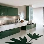 Yeşil ve beyaz desenli kelebek mutfak modeli