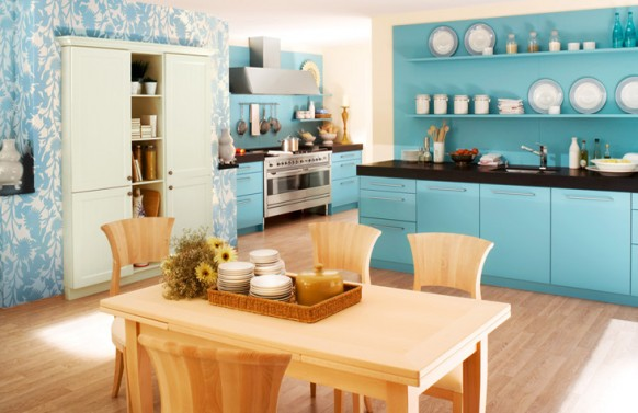 açık mavi renkli mutfak dolap modeli