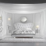 Beyaz cibinlik ve tasarımı ile italyan yatak odası