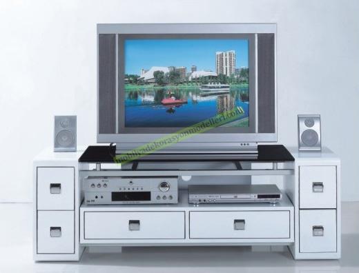 Beyaz renkli çekmeceli cam tv standı