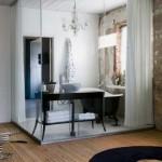 Cam küvez ile kapatılmış modern ayrı banyo tasarımı