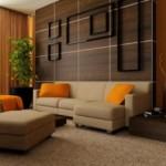Dekoratif duvar tasarımı krem ve kahve renklerle tasarlanmış oturma odası