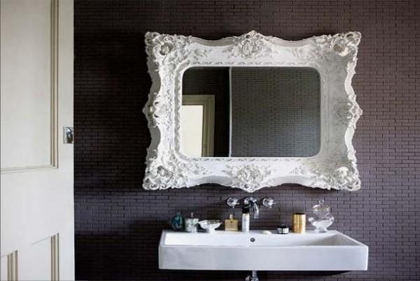 Işleme aynası ile modern banyo tasarımı