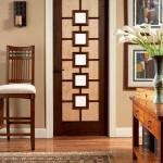 Kahve renkli dekoratif cam kapı modeli
