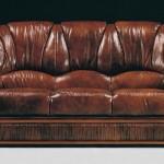 Kahve renkli klasik italyan tasarım koltuk modeli