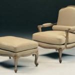 Klasik açık krem renkli italyan tasarım koltuk modeli