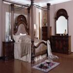 Koyu kahve renklerinde ahşap oymalı antika yatak odası tasarımı