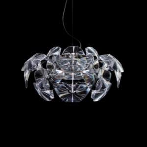 kristal örümcek gibi duran modern avize