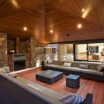 Lüks evin modern oturma odası bölümü