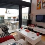 Modern beyaz renkli oturma odası tasarımı