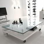 Modern beyaz tekerlekli cam sehpa modeli