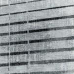 Modern gölgeli şerit halısı