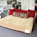 Modern kırmızı renkli açılabilir kanape modeli