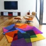 Modern rengarenk farklı halı tasarımı